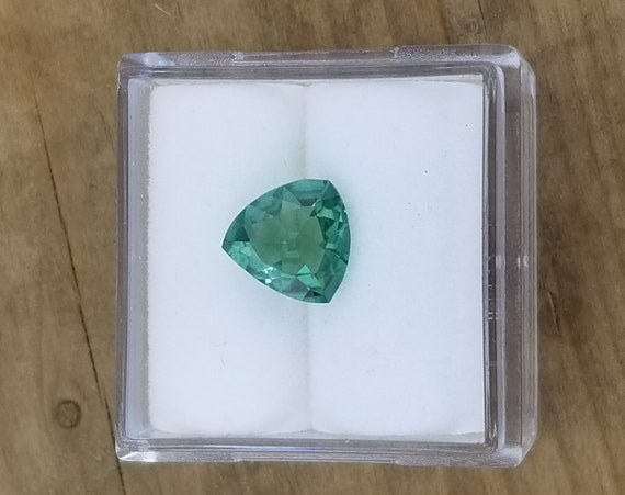 Blue Green Tourmaline 1.04cts Trilliant Cut