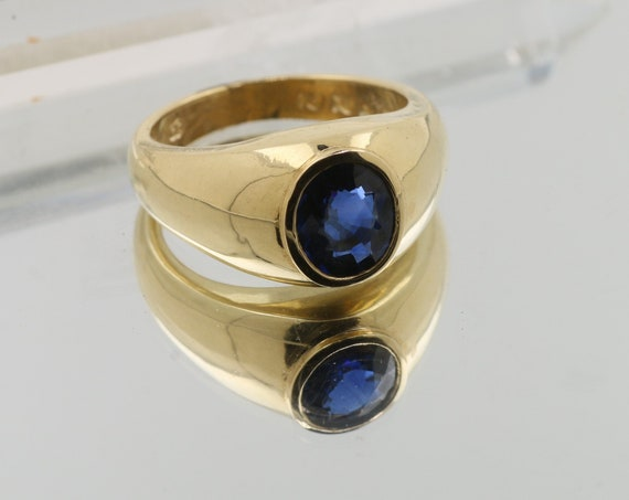 Blue Sapphire Solitaire ring with 11x9mm Natural Sapphire