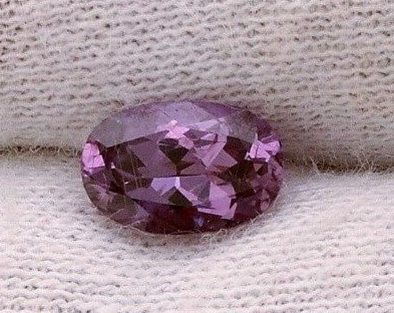 Purple Sapphire 1.40cts Oval