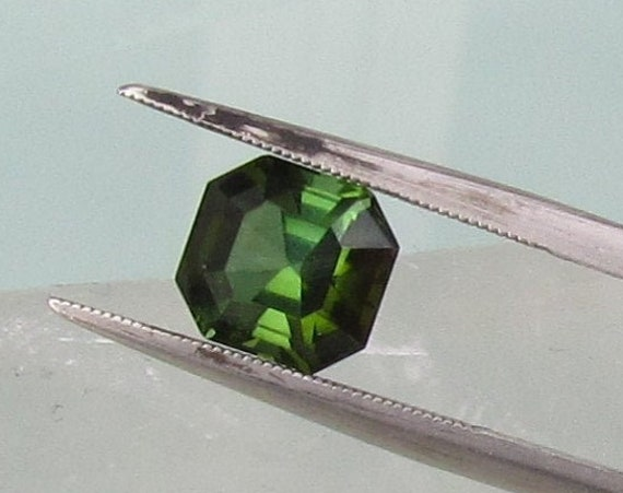 Green Tourmaline 2.50cts Asscher Cut