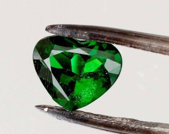 Tsavorite Garnet 1.42cts Heart Shape