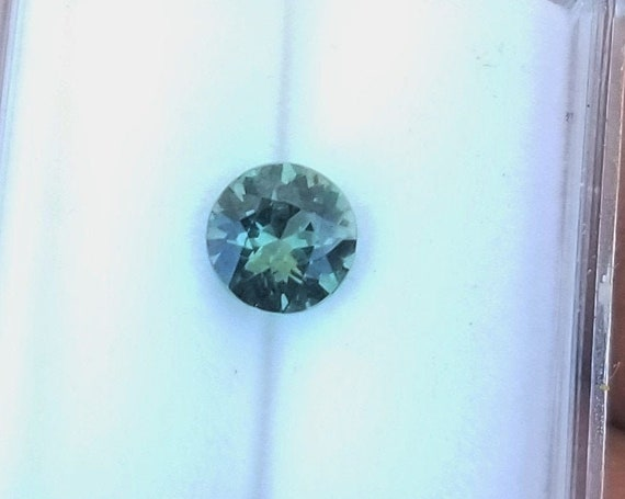 Loose Natural Blue Green Sapphire 5.4 mm Round