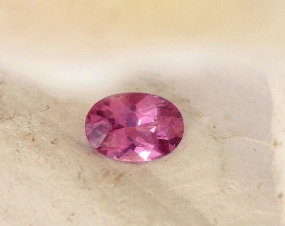 Raspberry Pink Sapphire 1.97 cts Oval