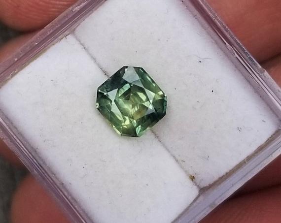 Parti color Sapphire 6.5x6.1 MM Unique Gemstone