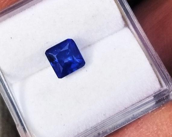 Unique Color Velvet Blue Sapphire 5 MM Square