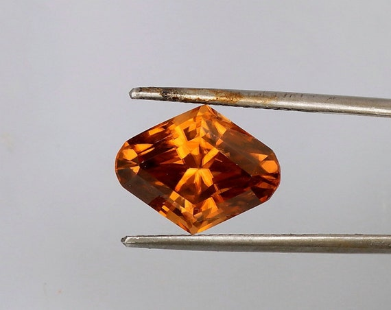 Cognac Color Natural Zircon 7.95cts December Birthstone