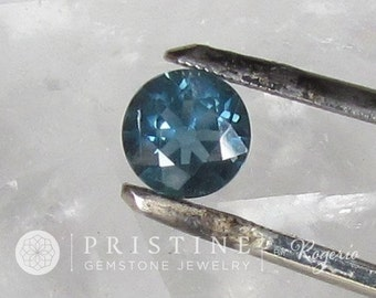 Blue Green Sapphire 6.9 mm Round for Gemstone Jewelry
