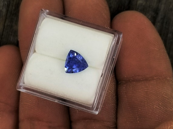 Blue Sapphire 6.6mm Triangle