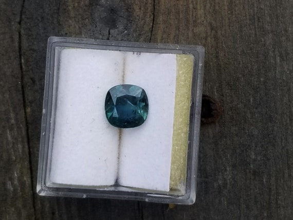 Blue Green Sapphire 6.9 MM Cushion for Jewellery