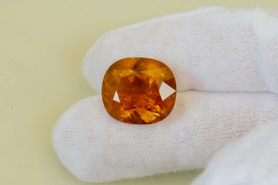 Orange Golden Sapphire 23cts Cushion Cut