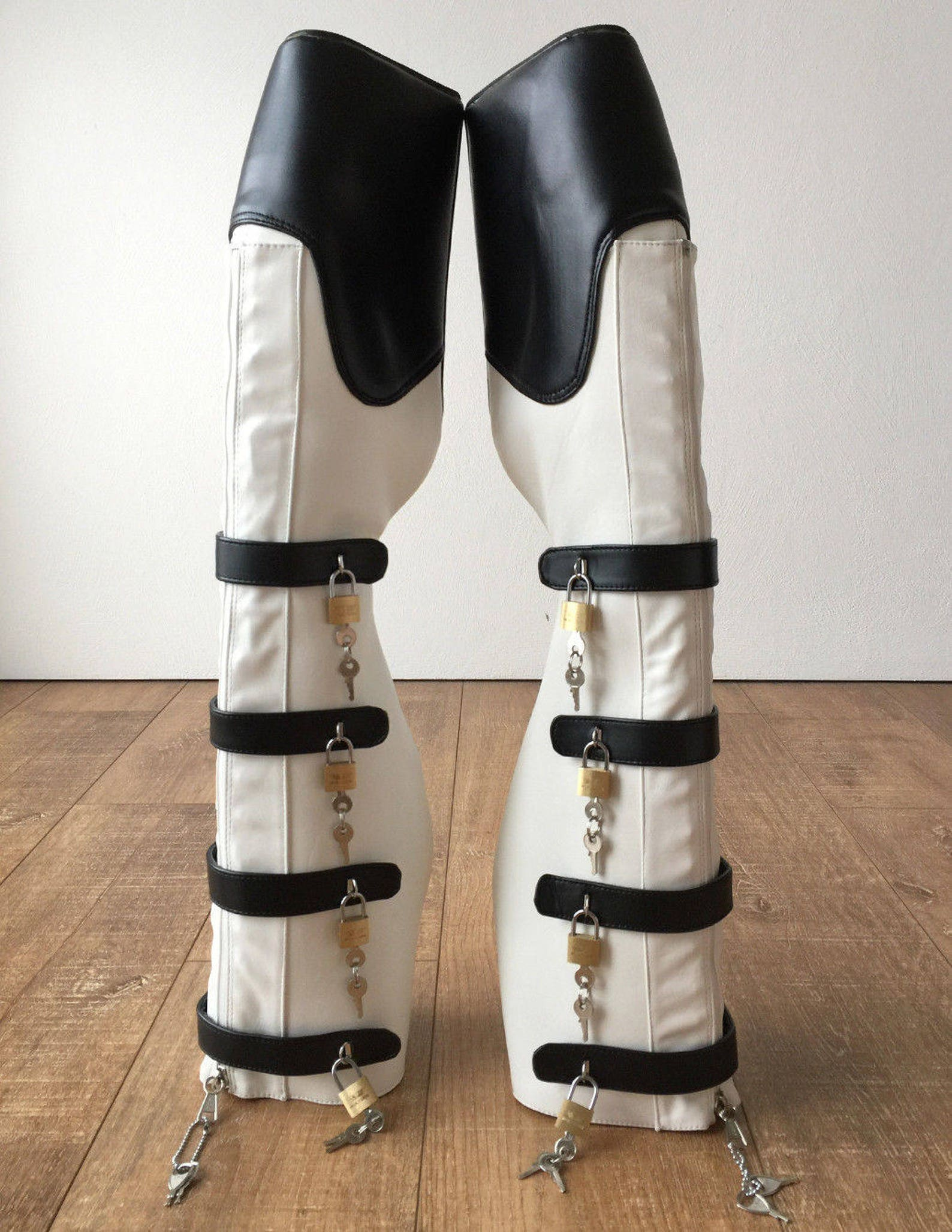 18cm 10 keys lockable beginner ballet wedge boot hoof heelless black white matte