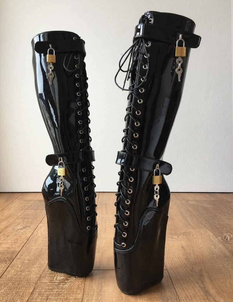 194716ca782 Beginner QUAN Hoof Heelless Fetish Pinup Ballet Lockable Wedge Boot Black  Patent