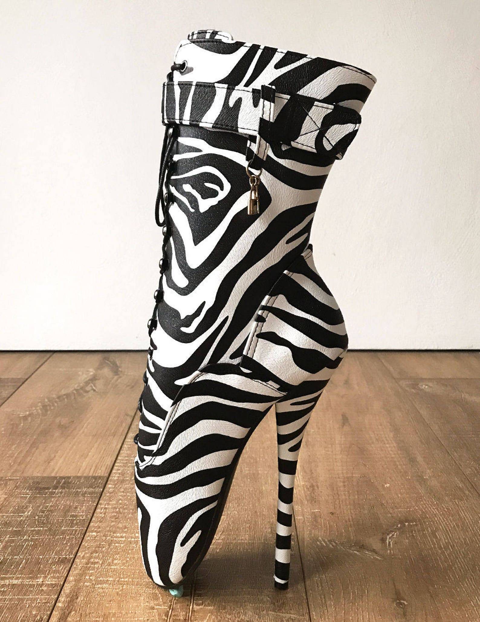 18cm ballet zebra print textured calf hi fetish boot charm burlesque dominatrix