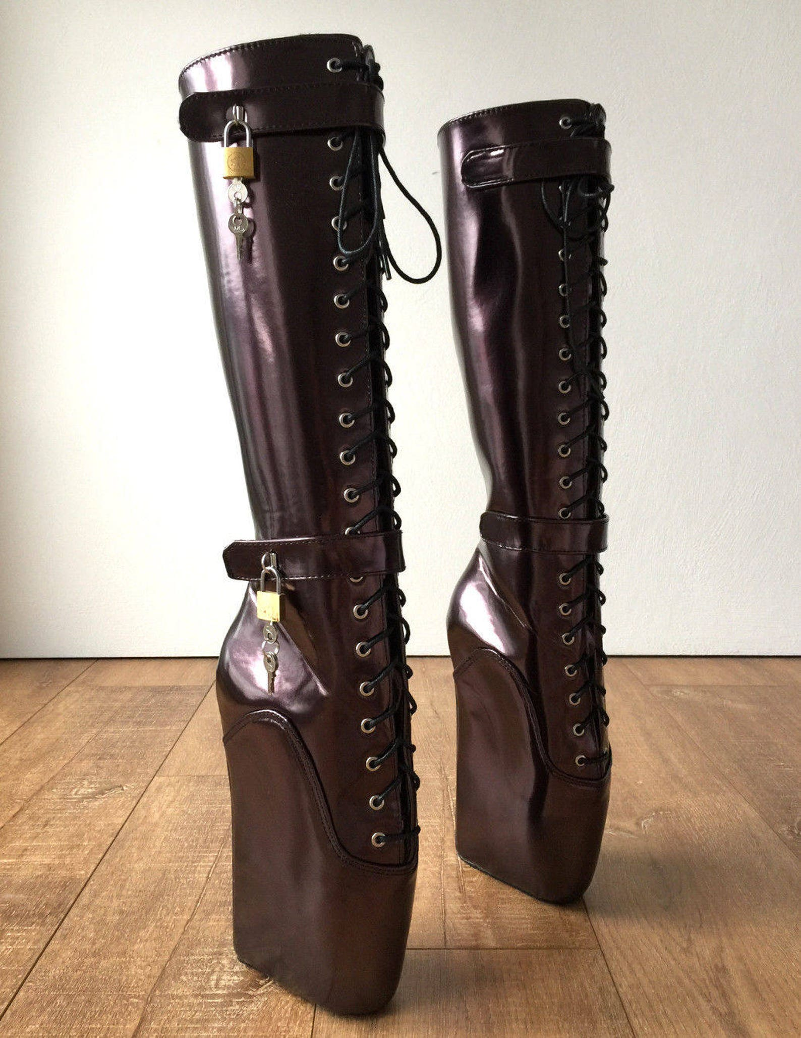 beginner quan hoof heelless fetish pinup ballet lockable wedge boot eggplant
