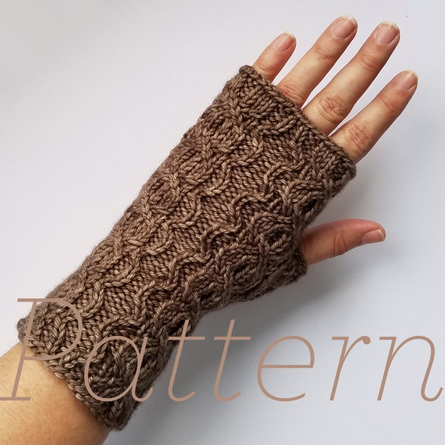 Knit Fingerless Gloves Pattern Scallop Cable Mitts Etsy