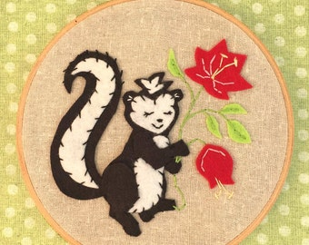 Skunk Applique and Embroidery Kit, Felt Skunk, Skunk Embroidery Kit, Beginner Embroidery Kit, Skunk Hoop Kit, Heidi Boyd