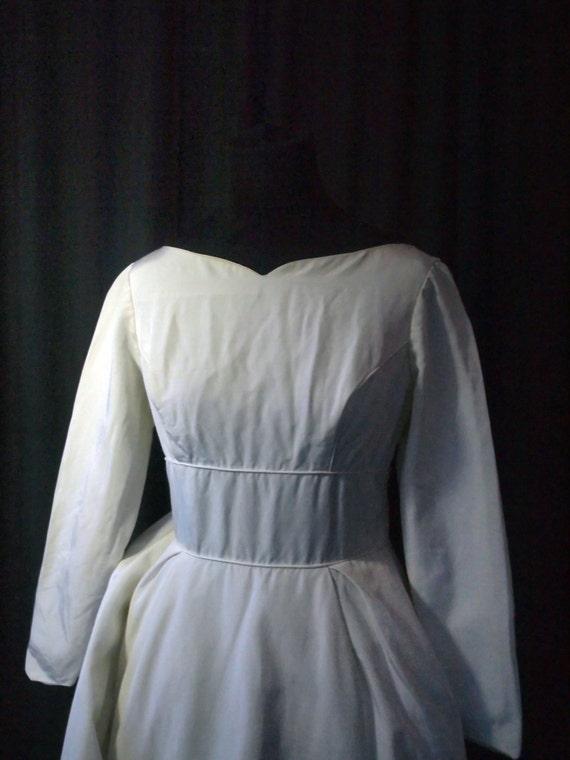 Vintage Sophisticate Wedding Dress, S, petite, 19… - image 3