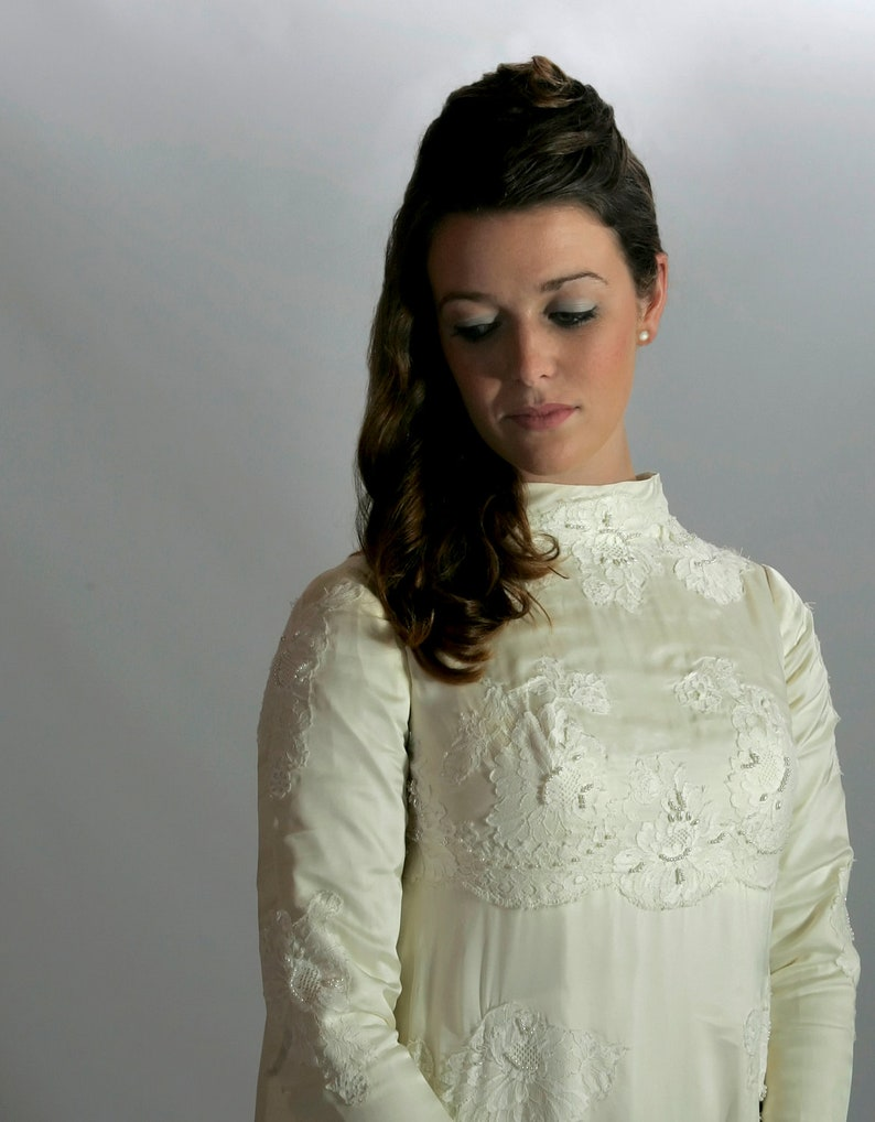 Wedding Dress Vintage William Cahill XS or S 1960s image 0
