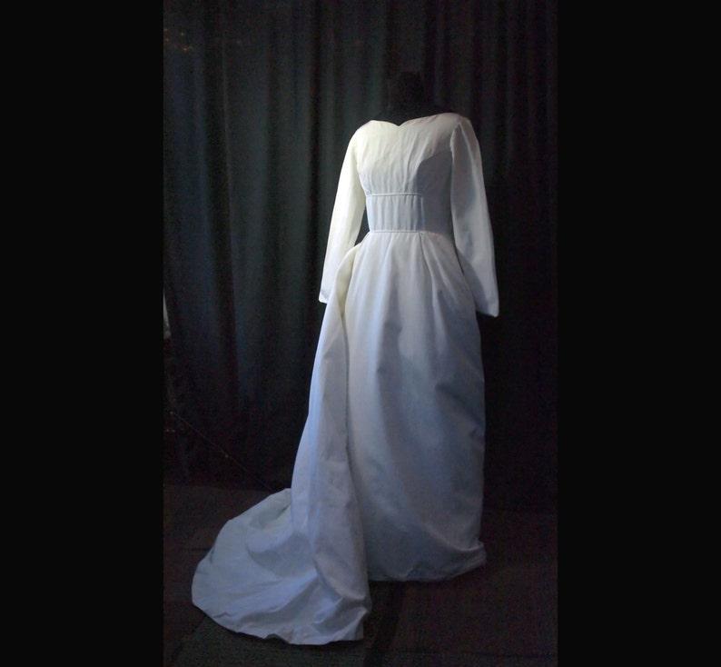 Vintage Sophisticate Wedding Dress S petite 1960s image 0