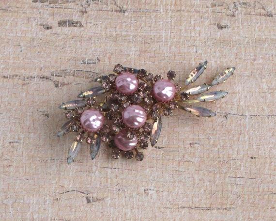 Vintage Pink Pearl Rhinestone Brooch Pearl Stones… - image 1