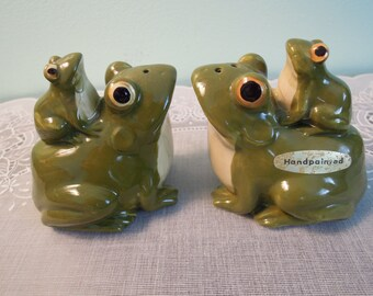Otagiri Frog Salt and Pepper Shaker Set - Otagiri - Salt And Pepper - Frog - Vintage - Kitchen - Ceramic Shakers - Gift For Her - Gift