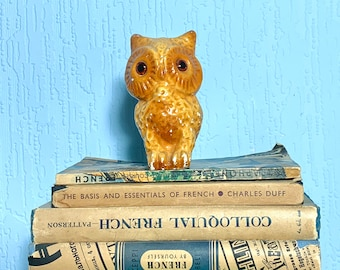 Vintage 40s/50s Chalkware Owl Figurine with green glass eyes