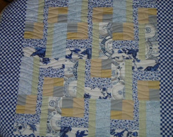 Small Quilt Royal Hawaiian FREE SHIPPING
