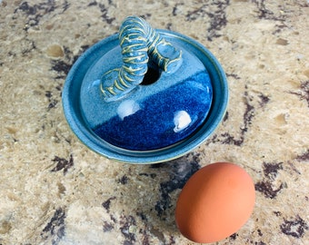 Egg cooker, poached eggs microwave, blue ceramic egg cooker, gift for foodies, great for seniors,mothers day gift, easter gift