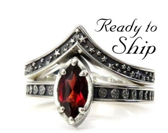 Ready to Ship Size 7 - 7.5 - Sterling Silver Garnet Moon and Stars Engagement Ring Set - Gothic Witch Engagement