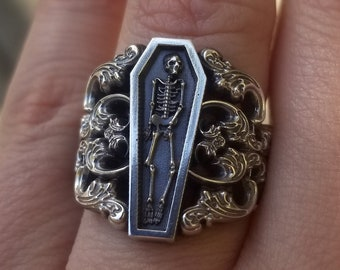 Ready to Ship Size 6 - 8 - Memento Mori Ring with Baroque Silver Scrolls Skeleton Mourning Jewelry - Spooky Halloween Jewelry