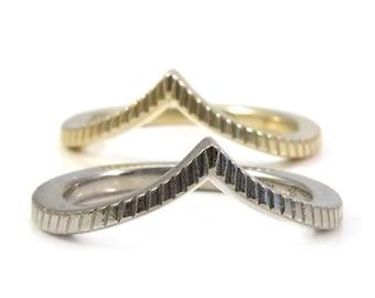 Engraved Chevron Pointed Gold Wedding Band - Rose, Yellow or Palladium White Gold