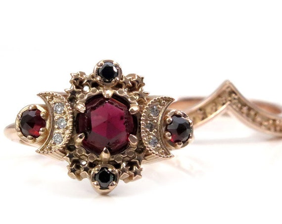Ready to Ship Size 6-8 - Rose Cut Garnet Cosmos Moon Engagement Ring Set - Rose Gold with Black and White Diamonds