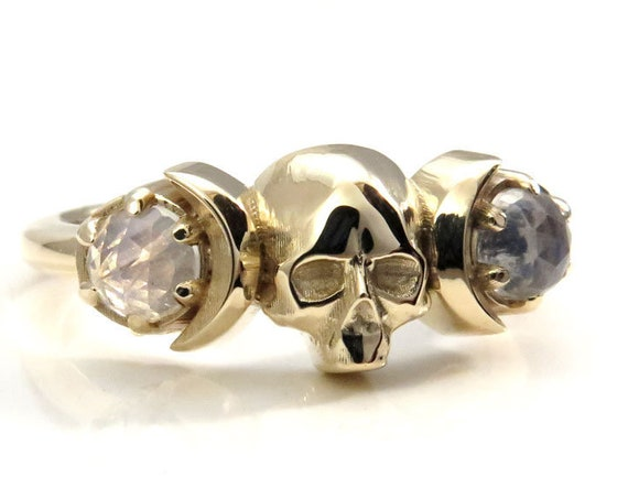 Skull and Moon Ring - Rose Cut Rainbow Moonstone and Gold - Memento Mori Mourning Jewelry - Gothic Ring