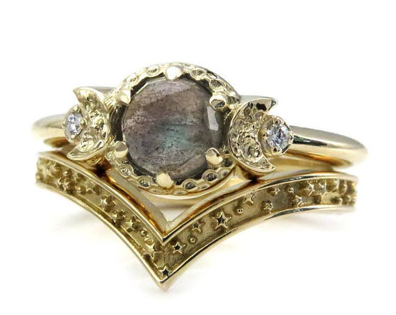 Labradorite Boho Moon and Star Engagement Ring Set - 14k Gold with Diamonds