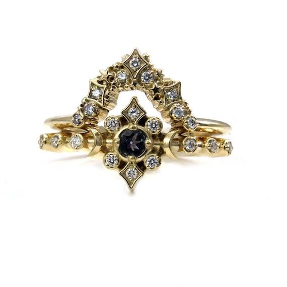 Boho Alexandrite Gold Moon Engagement Ring with Stardust Diamond Wedding Band