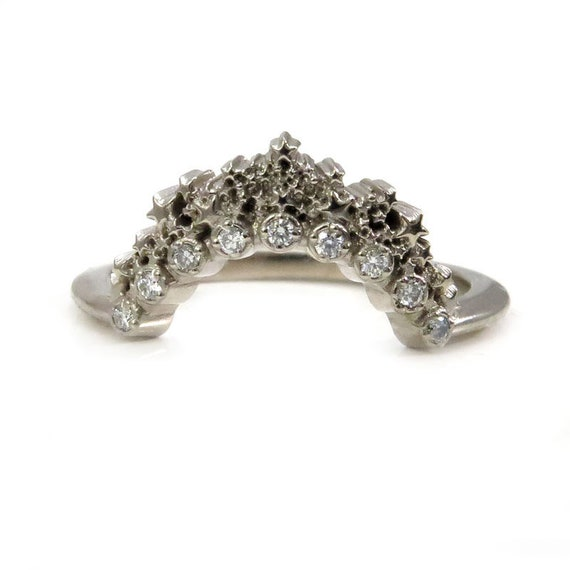 Star Crown Diamond Wedding Band - Curved Celestial Stacking Ring