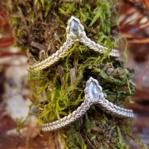 Sage Leaf Chevron with Natural Rose Cut Pear Diamond - Boho Wedding Band - Pick Your Diamond - 14k Gold