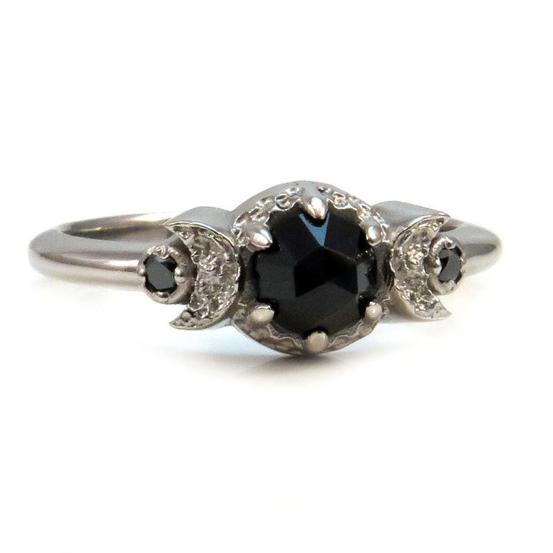 Gothic New Moon Engagement Ring with Rose Cut Black Spinel Or image 0