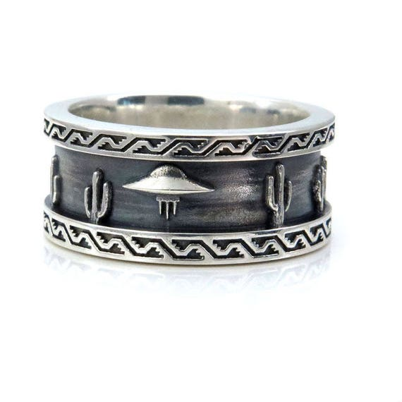 Mens Roswell UFO Ring - Sterling Silver - Southwest Scene with Cactus