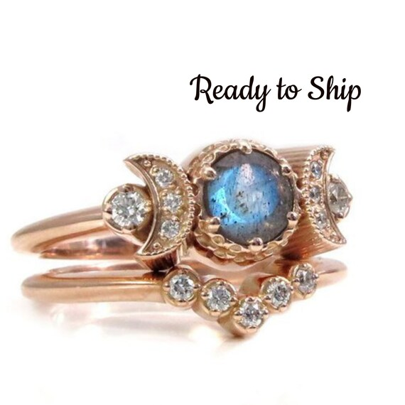 Ready to Ship Size 6 - 8 - Hecate Moon Engagement Ring Set - Labradorite & White Diamonds with Diamond Chevron Wedding Band