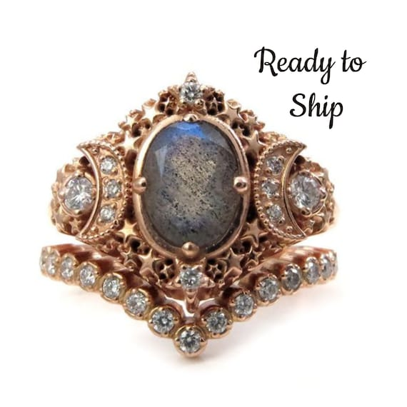 Ready to Ship Size 6 - 8 - Starseed Engagement Ring Set - Oval Labradorite and Diamonds - Boho Rose Gold Wedding Rings