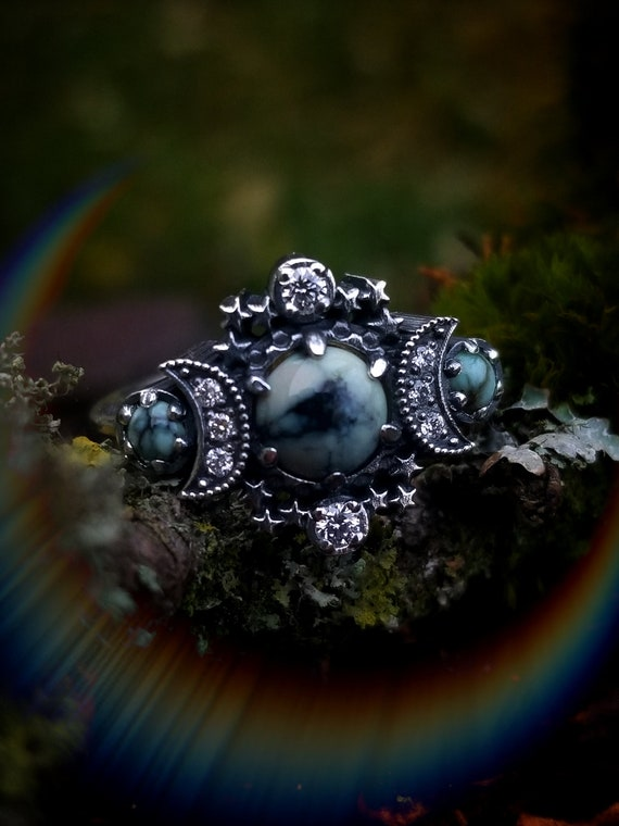 Ready to Ship Size 6 - 8  - Variscite Cosmos Moon Engagement Ring Set Triple Moon Goddess Silver Ring with Diamond Stardust Chevron