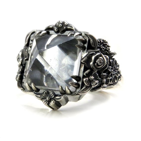 Skull and Posy Gothic Silver Cocktail Ring with Quartz Pyramid - Spooky Jewelry