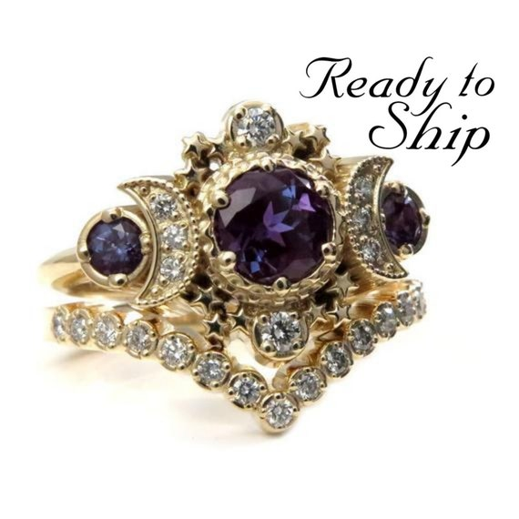 Ready to Ship Size 6 - 8 -Chatham Alexandrite Cosmos Gold Moon Engagement Ring Set - Moon & Star Celestial Wedding Rings