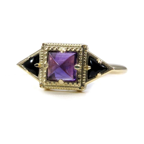 Amethyst and Onyx Tomb Memento Mori Ring - 14k Gold Mourning Jewelry
