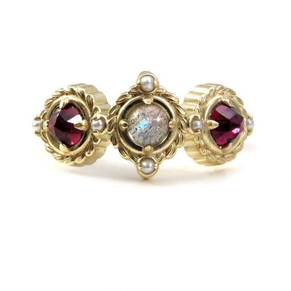 3 Stone Sage Wreath Ring - Labradorite, Rose Cut Garnets and Grey Seed Pearls - Botanical Jewelry