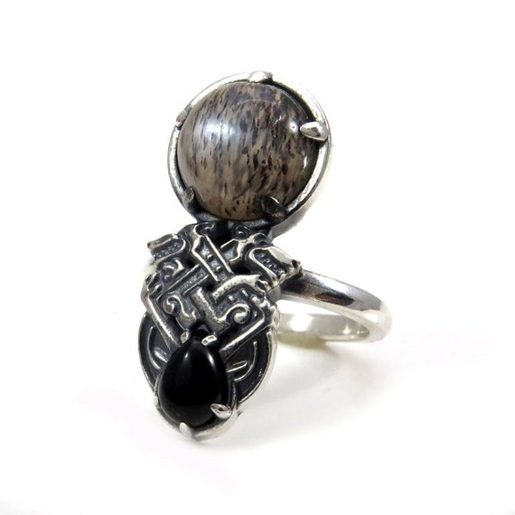Celtic Beast Ring with Speckled Grey Moonstone and Onyx Pear - Sterling Silver