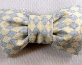 Dog Flower, Dog Bow Tie, Cat Flower, Cat Bow Tie - Blue and White Diamonds