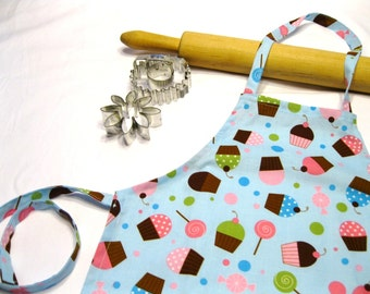 Everyone Loves Cupcakes Child Apron