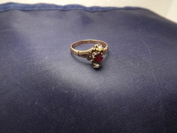 Antique Victorian 10K Gold Pearl Garnet Ring